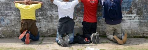Militantes del FPV armados