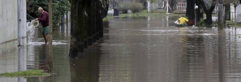 inundación Evacuados